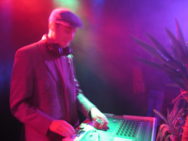 DJ Swingo