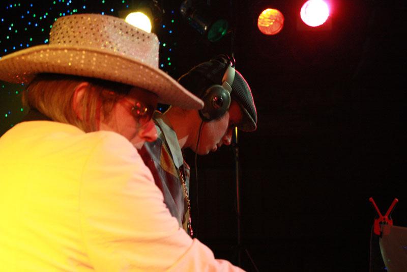 Foutief DJ Collectief in Dieka, Markelo, 26-12-2009 105