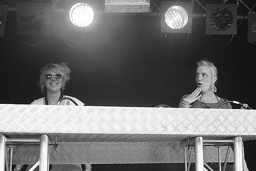 Helga und Inga auf Babypop