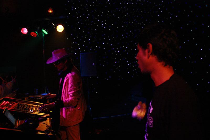 Foutief DJ Collectief in Dieka, Markelo, 26-12-2009 197