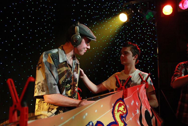 Foutief DJ Collectief in Dieka, Markelo, 26-12-2009 212