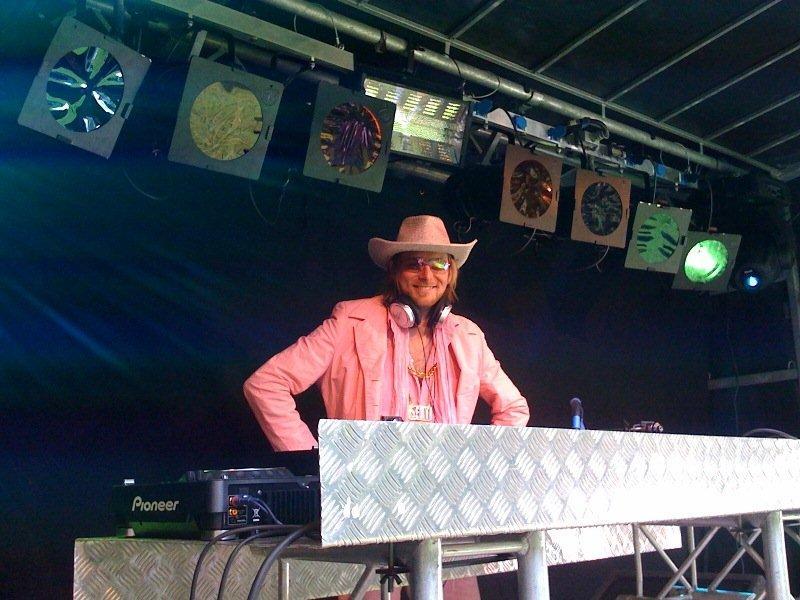 DJ Jay el Rey op Babypop