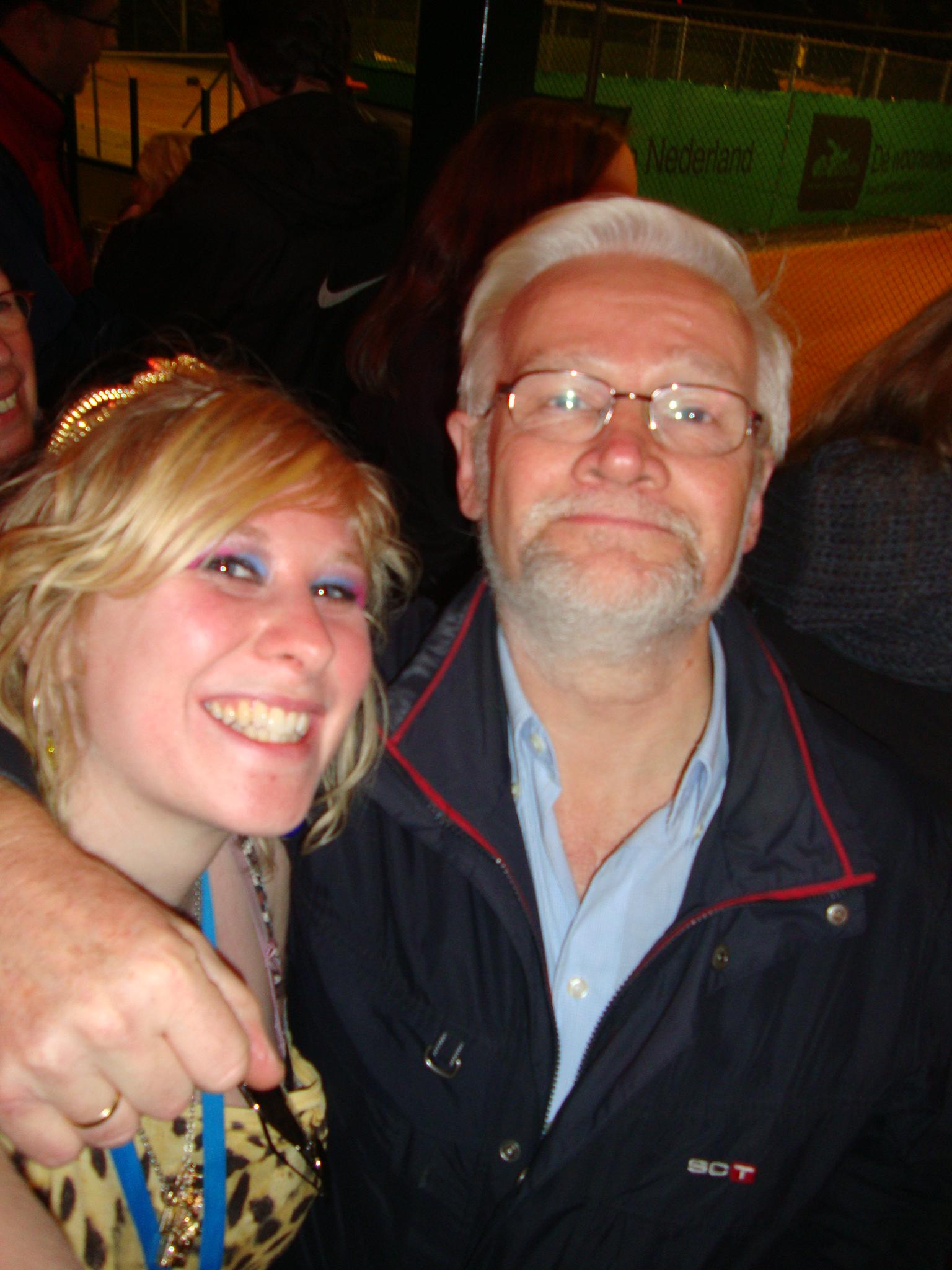 DJ Helga met Nibbley Sr.